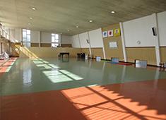広い体育館画像